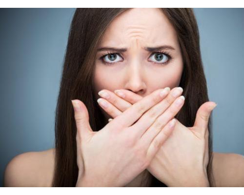聚会合影C位胜出?口腔健康美专家张程教你get牙齿美白必杀技!